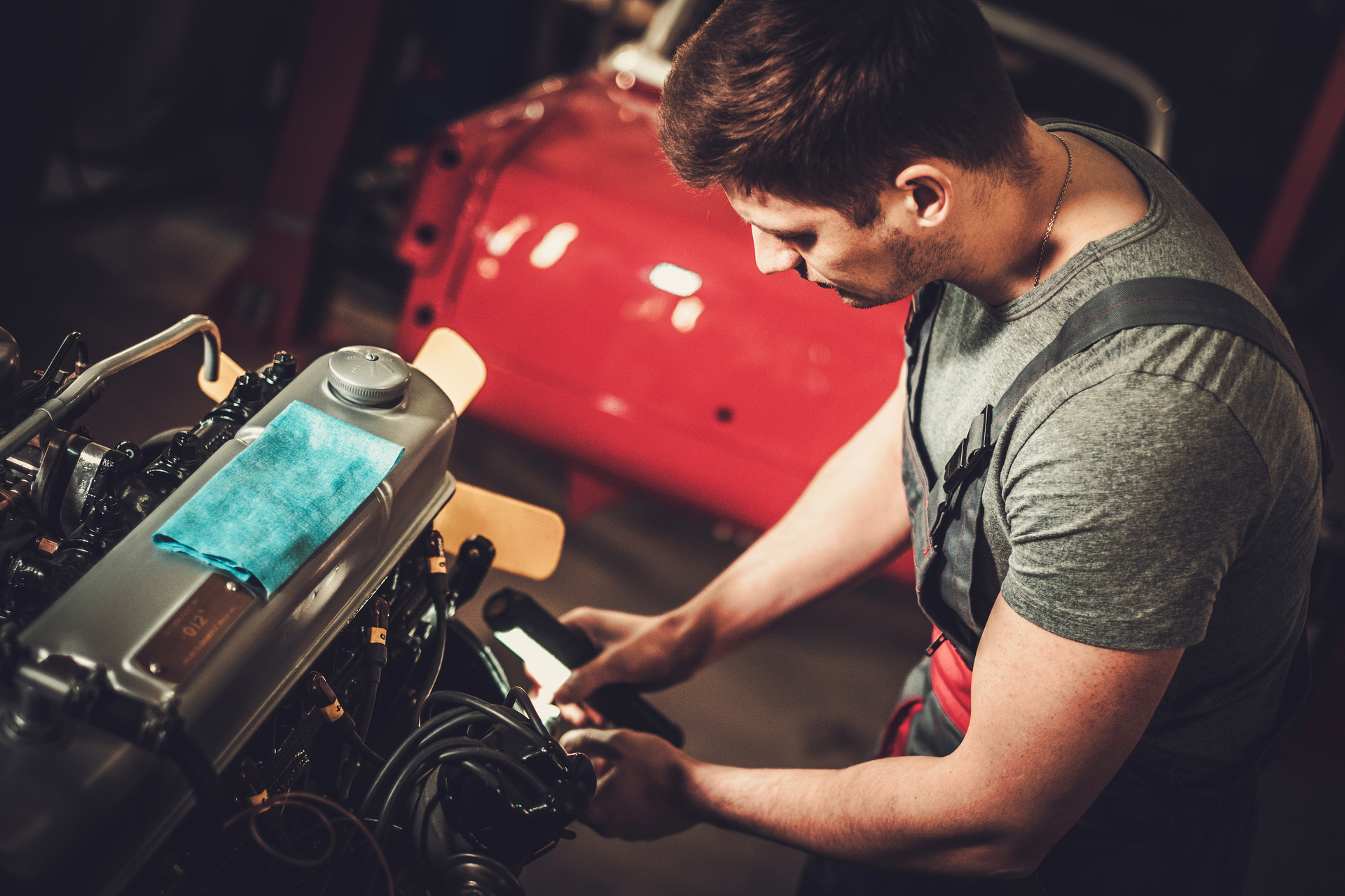 Classic Car Regular Servicing Improves Safety top tips