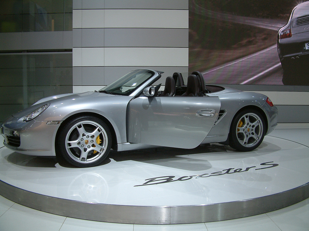 buy a porsche boxster car servicing