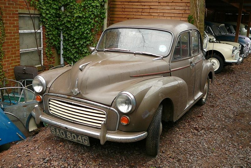 Morris Minor Valentine special most loveable cars